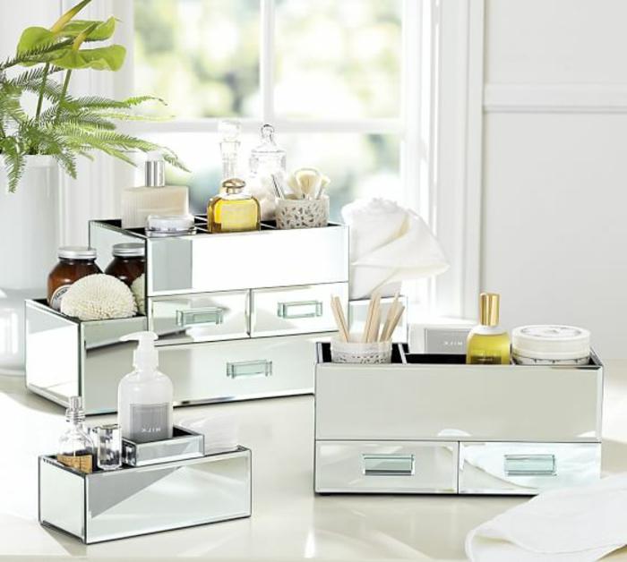 coffret-à-bijoux-élégants-design-transparent