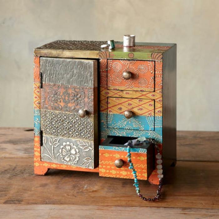 coffret-à-bijoux-ancienne-boîte-transformée