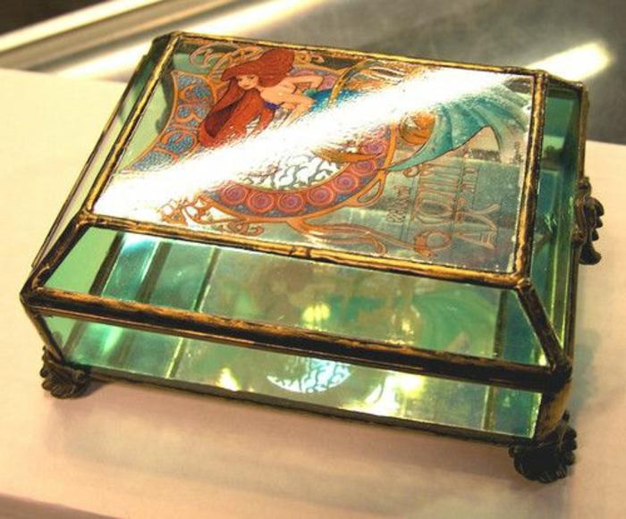 coffret-à-bijoux-antique-et-très-joli