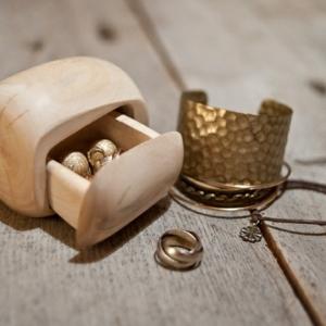 Le coffret à bijoux - une boîte de surprises