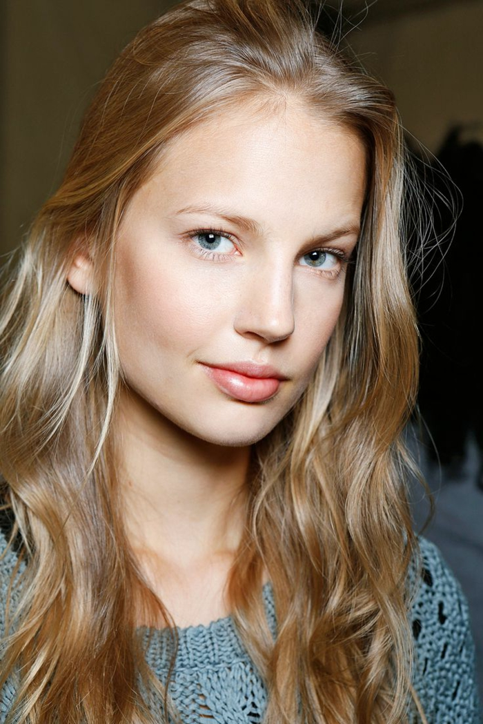 La couleur blond fonc parfait pour cette t et automne - Femme blonde photo ...