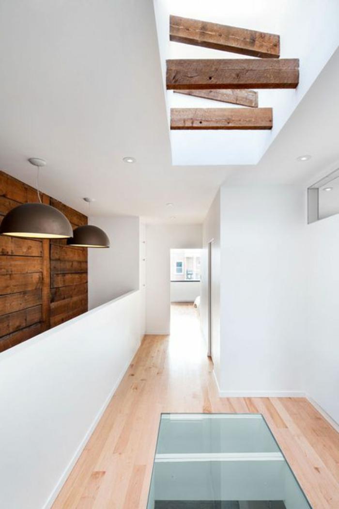 couloir-maison-avec-plancher-en-verre-plancher-transparent-idée-sol-en-bois-et-verre
