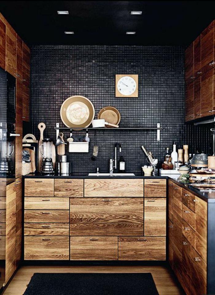 cuisine-meuble-en-chene-commode-bois-massif-carrelage-noir-cuisine