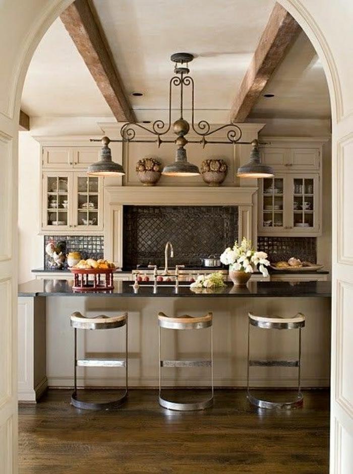 cuisine-moderne-avec-bar-de-cuisine-meuble-de-bar-tabouret-bar-chaise-bar-sol-en-parquet
