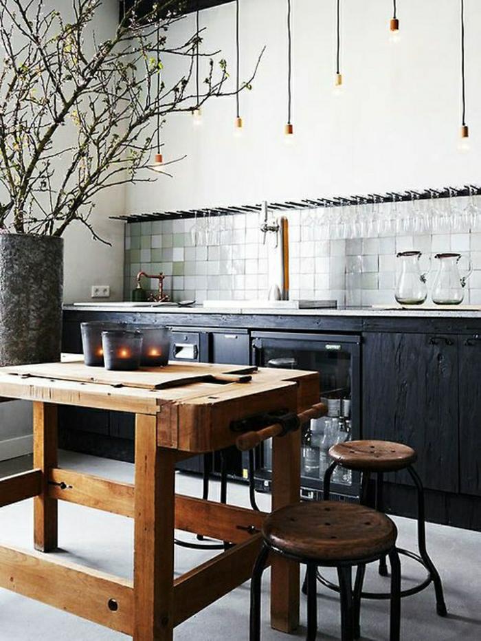 La table haute de cuisine est ce qu elle est confortable - Table de cuisine noire ...