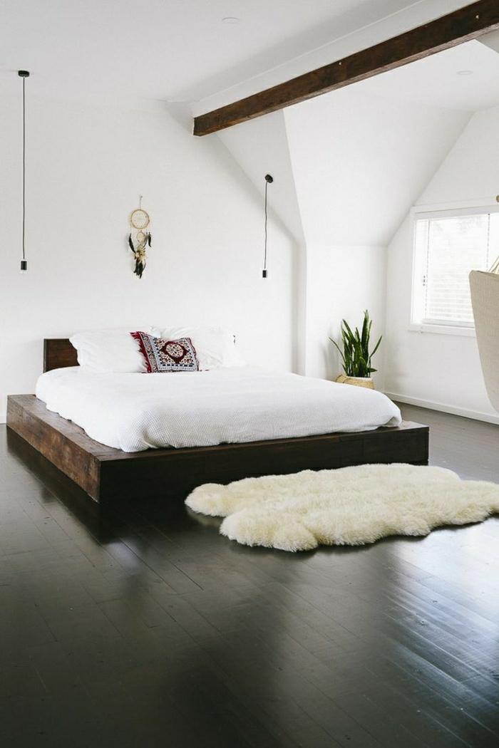 descente-de-lit-tapis-fausse-fourrure-blanc-mode-chambre-vaste-lit-en-bois-massif