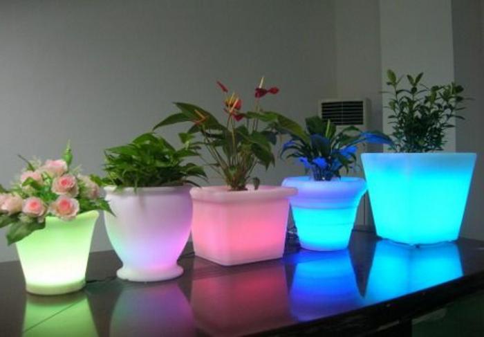 eclairage-jardin-pot-de-fleur-lumineux-éclaire