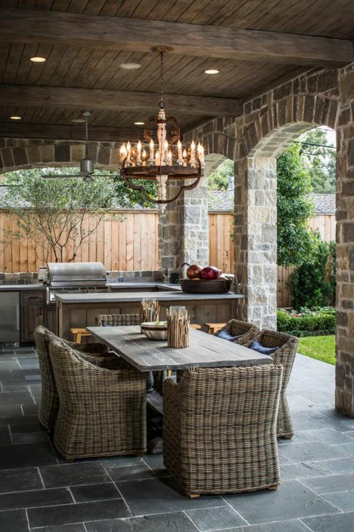 eclairer-le-jardin-lustre-de-jardin-luminaires-exterieur-lustre-en-fer-carrelage-noir
