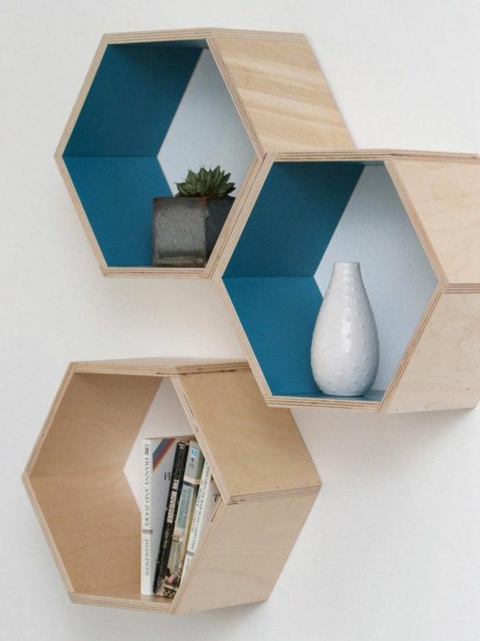 etagere-en-bois-plantes-vertes-décoration-avec-plantes-murales-mur-blanc-idee