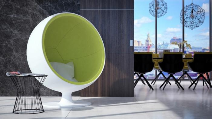 fauteuil-boule-blanc-et-vert-meubles-déco-pour-le-café