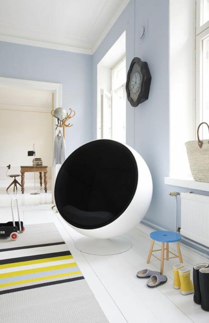 fauteuil-boule-décor-scandinave-et-accents-joyeux