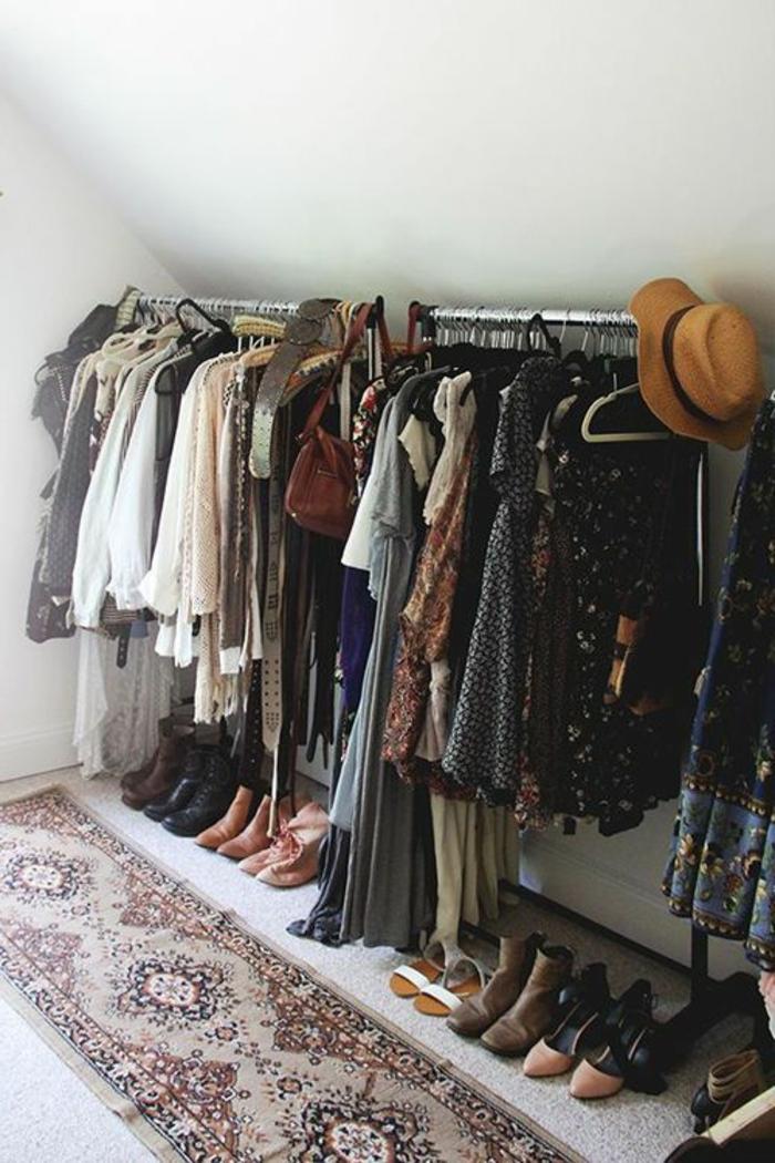 fenetre-de-toit-fixe-lucarne-idée-garde-robe