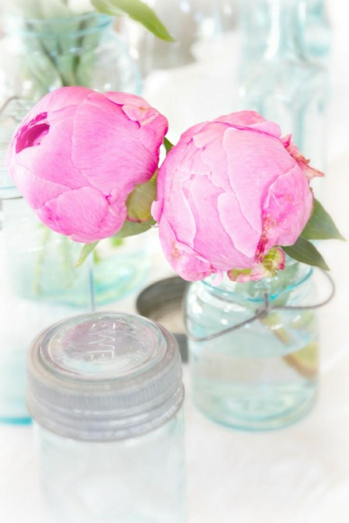fleur-pivoine-idée-créative-déco-table-de-chevet