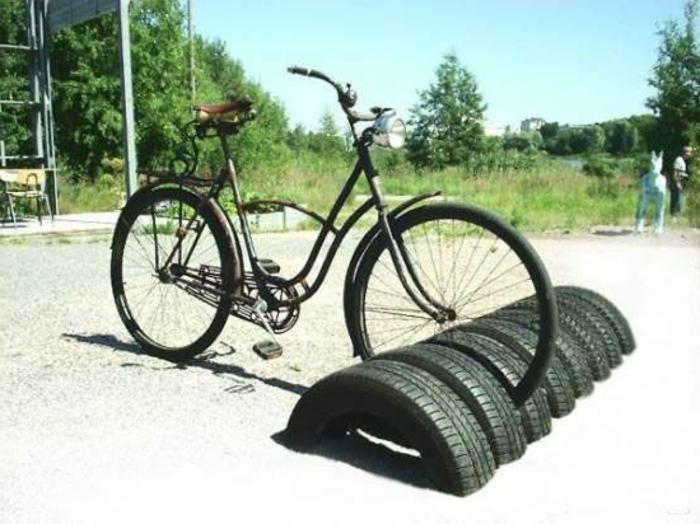 idées-pour-le-recyclage-pneux-parking-bicyclet