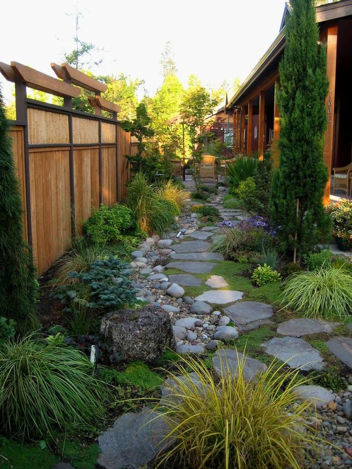 jardin-paysager-allée-pierre-naturelle
