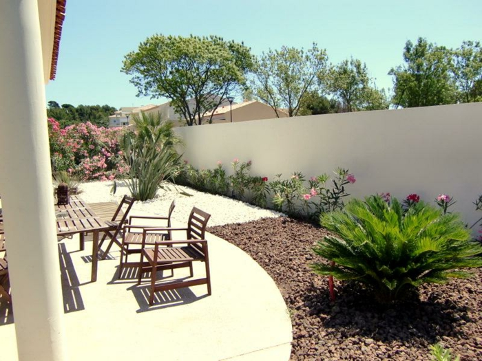 jardin-paysager-ensoleillé