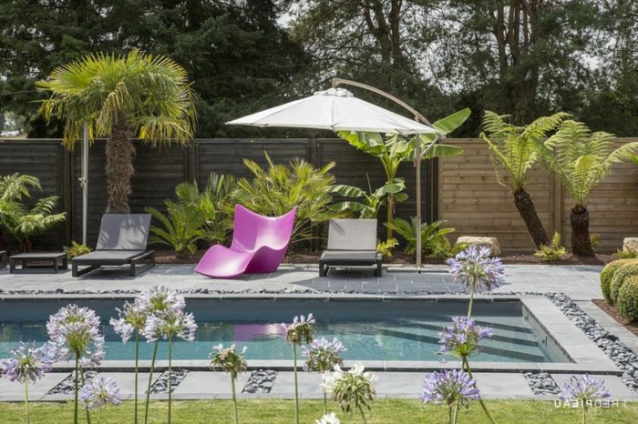 Le jardin paysager tendance moderne de jardinage for Amenagement petit jardin avec terrasse et piscine