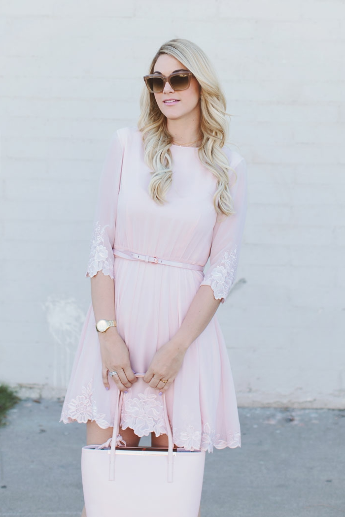 Pink Dresses: Tenue Robe Rose Pale