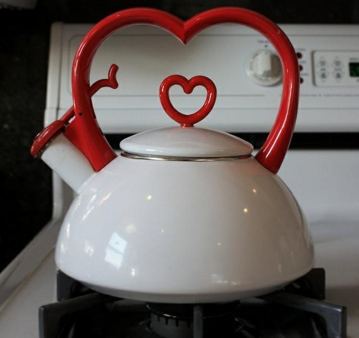 la-théière-porcelaine-idée-déco-coeur