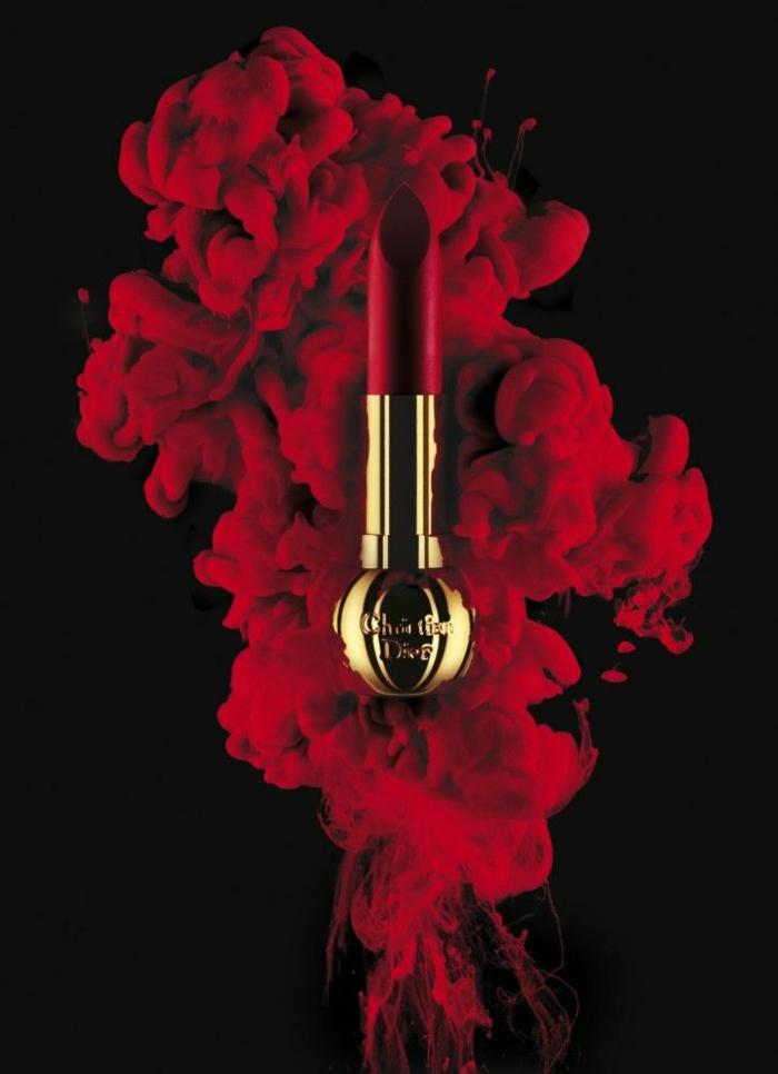 le-rouge-a-levre-dior-photo-noir-et-rouge-serie-dorée