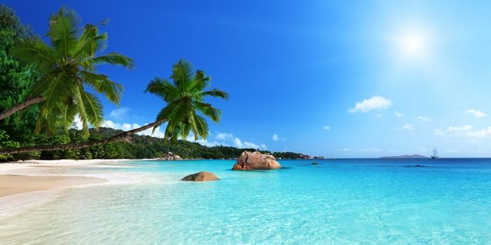 les-plus-belles-plages-du-monde-Anse-Lazio-Praslin-île-des-Seychelles