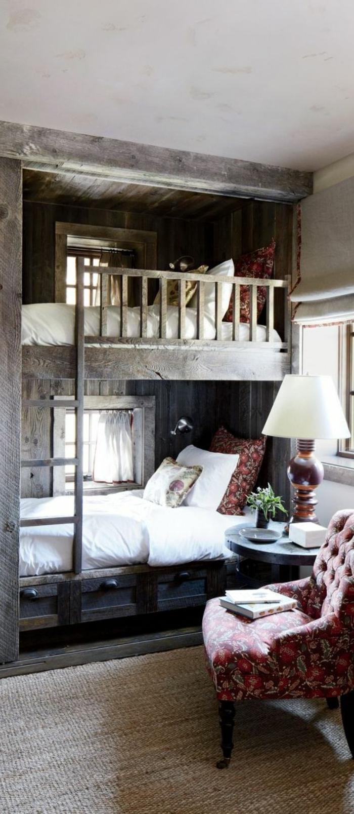 lit-en-bois-massif-chambre-a-coucher-lit-suspendu-en-bois-massif-lampe-de-chevet-blanche