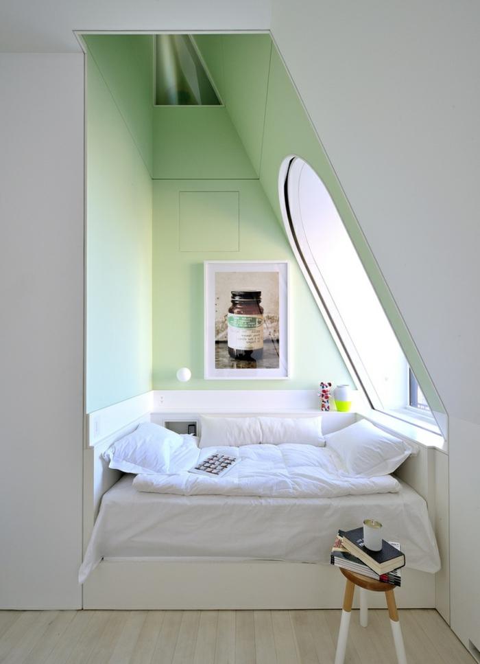 lucarnes-de-toit-architecture-lit-chambre-a-coucher