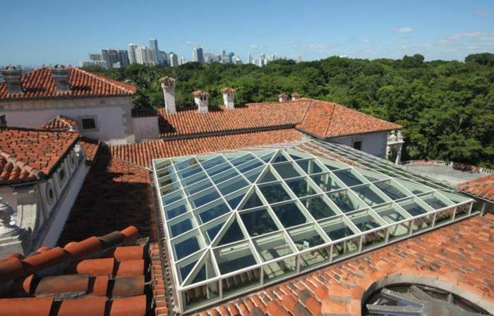 lucarnes-de-toit-architecture-lumière-toit-new-yorkais