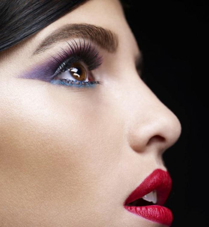 maquillage-yeux-ent-violet-levres-rouge