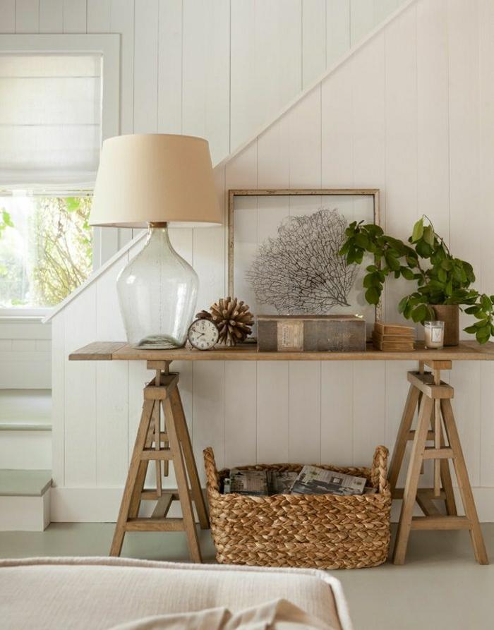 meuble console, lampe blanche, couloir blanc