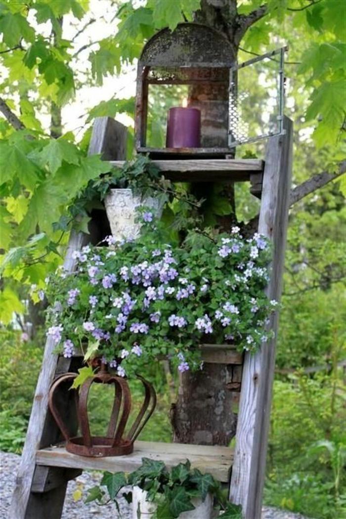 meuble-rustique-pour-le-jardin-décoration-rustique-pour-le-jardin-escalier-en-bois