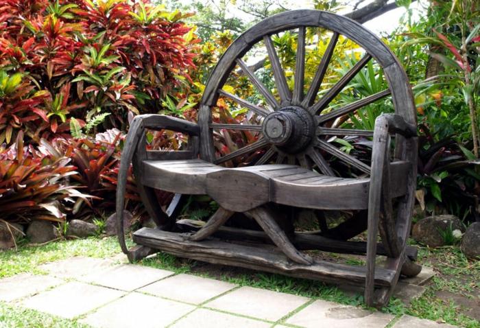 meuble-rustique-pour-votre-jardin-meuble-chene-en-bois-chaise-rustique
