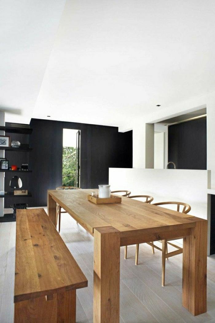mur-noir-plafond-blanc-table-haute-en-bois-sol-en-parquet-plafond-blanc