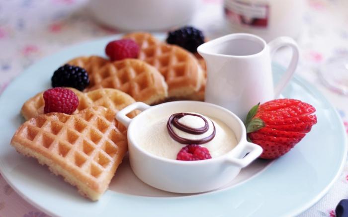 petit-dejeuner-ideal-repas-gouffres-fruits-lait