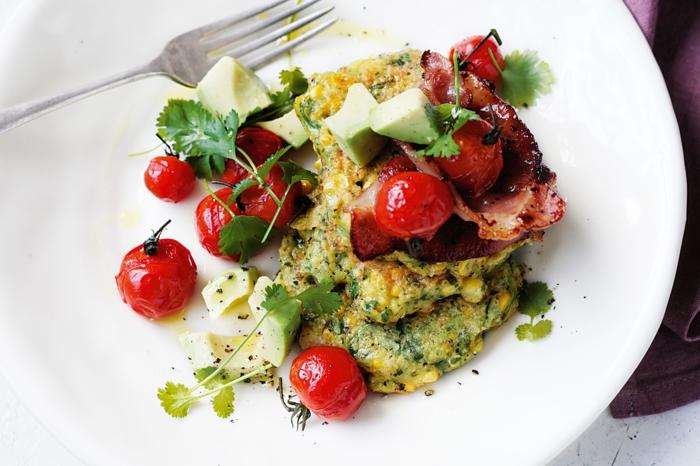 petit-dejeuner-ideal-repas-tomates