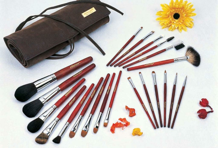 pinceau-maquillage-professionnel-utisilation