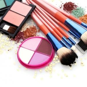 Le pinceau maquillage professionnel - lequel choisir
