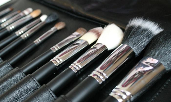 pinceaux-maquillage-professionnel-set-tout-ce-qui-me-faut