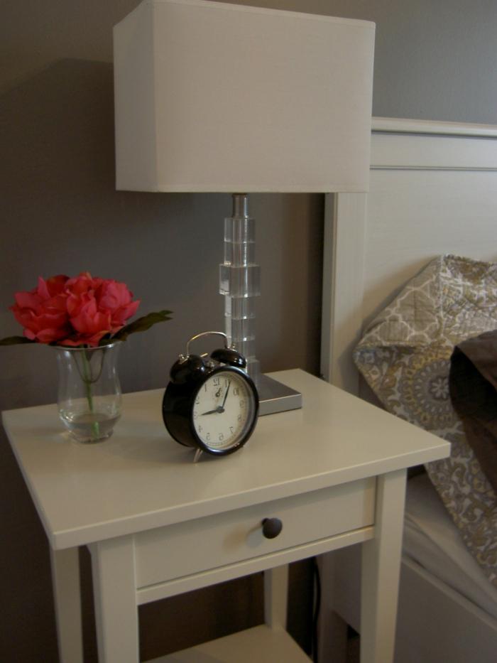 pivoine-blanche-bouquet-originale-table-de-nuit-lampe