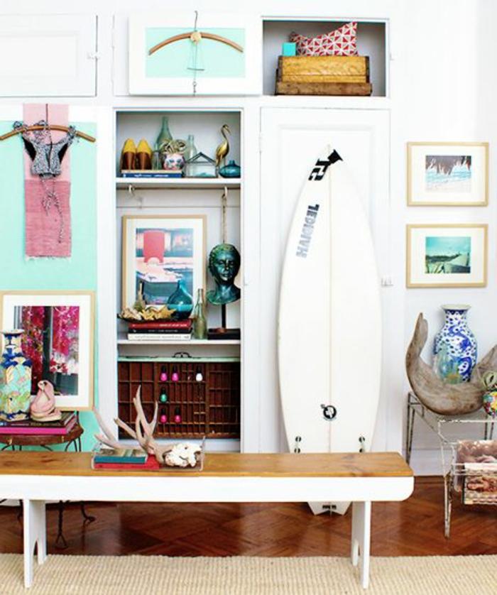 planche-de-surf-blanche-décoration-marine