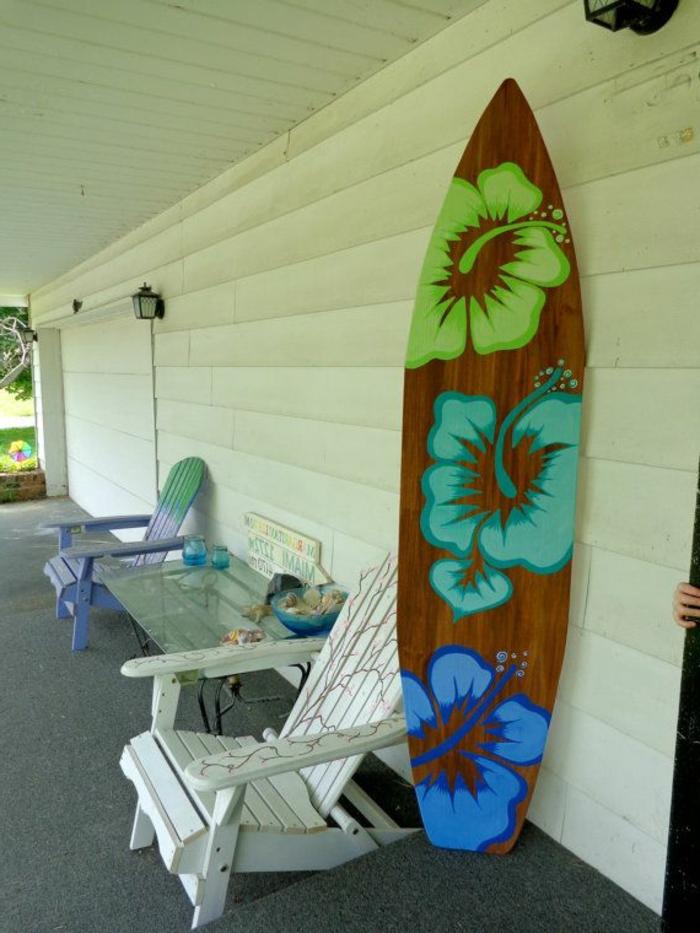 planche-de-surf-coloré-pour-la-véranda