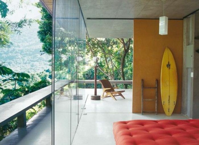 d corez vos int rieurs avec une planche de surf. Black Bedroom Furniture Sets. Home Design Ideas