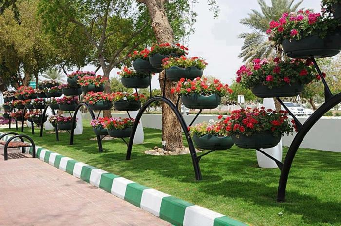 pneu-recyclage-originale-idée-jardin-pot-de-fleurs