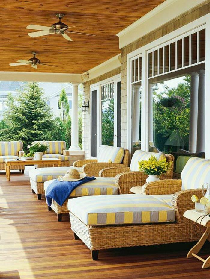 pots-de-fleurs-jardiniere-belle-veranda-bois