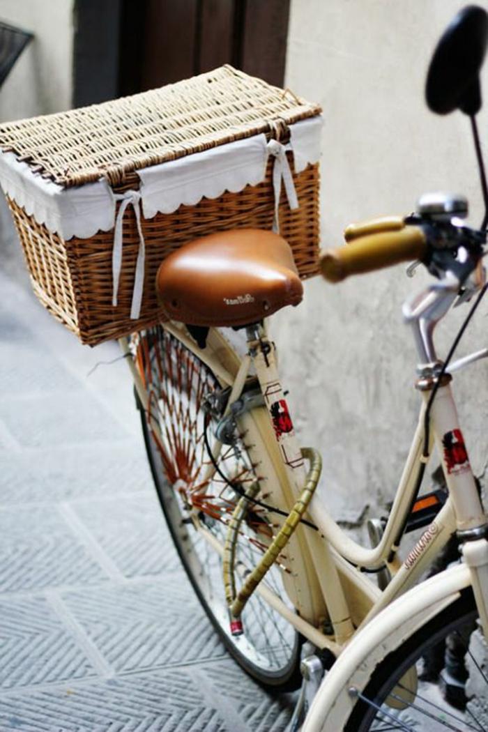 recette-pique-nique-nappe-bicyclette-style-cité