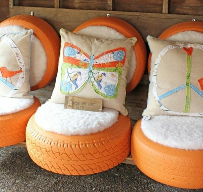 recyclage-de-pneu-quoi-faire-fauteuil-en-orange-coussins