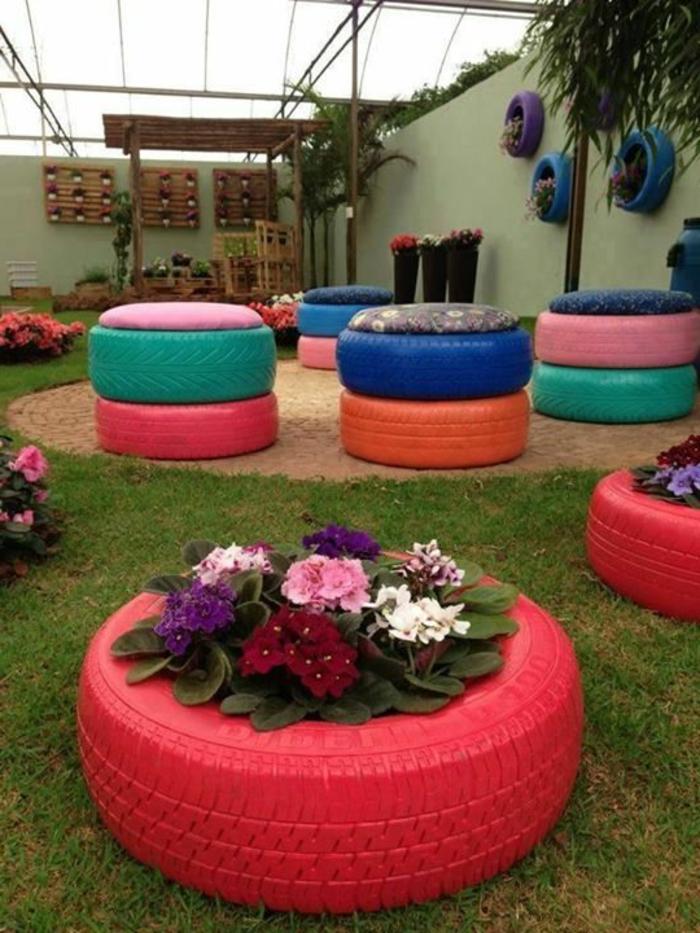 recyclage-pneu-idée-artistique-rouge-pot-de-fleurs
