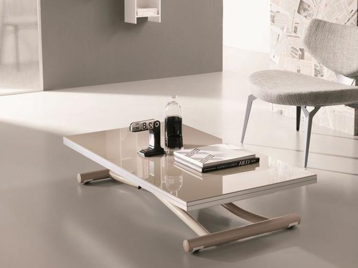 relevable-table-de-salon-basse-chaise-mur-papier