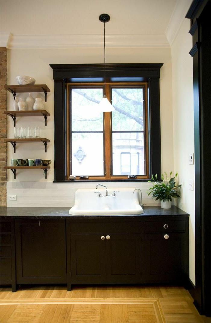 Salle de bain grande fenetre la salle de bain avec douche for Quelle plante pour salle de bain sans fenetre