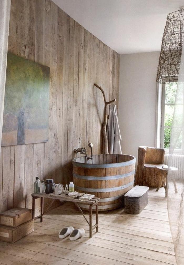 salle-de-bain-rétro-en-bois-salle-de-bain-rustique-baignoire-en-bois-deco-ancienne
